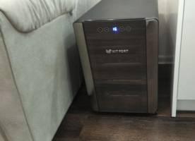 винный шкаф для домаKitfort KT-2402
