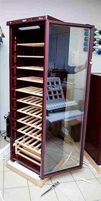 винный шкаф POZIS Wine ШВ-120 открываем дверь фото