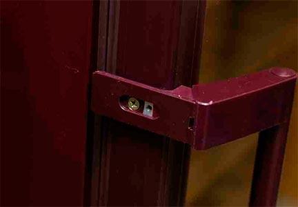 винный шкаф POZIS Wine ШВ-120 дверная ручка фото