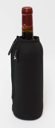 бутылка в чехле из неопрена фото