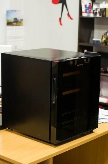 Dunavox DX-16.46K вид спереди фото